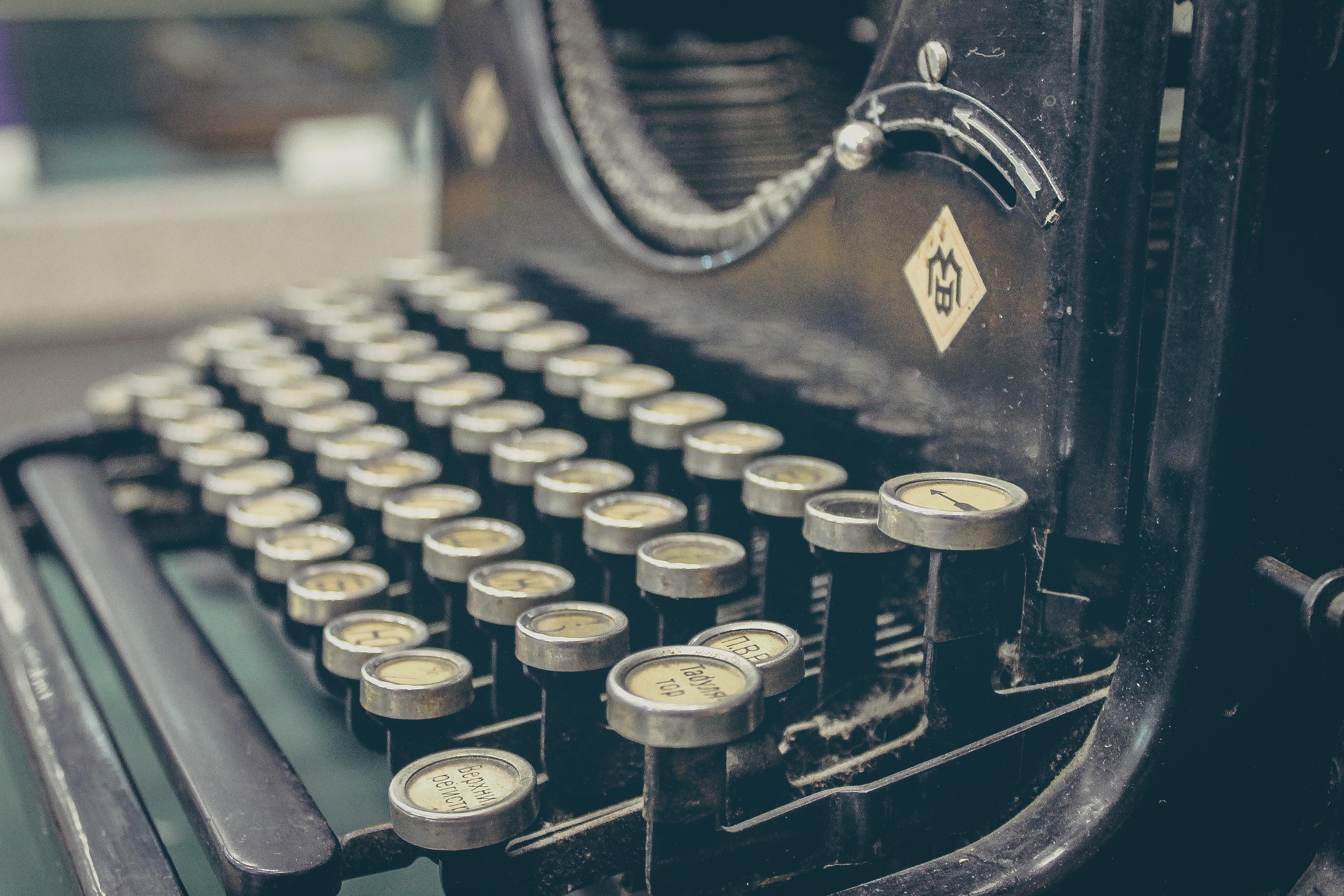 1.typewriter